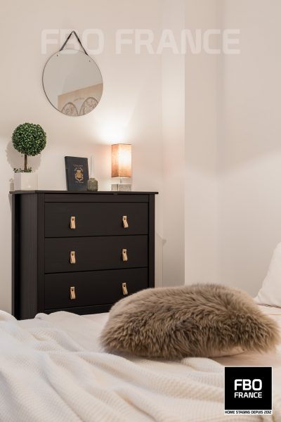 home staging chambre fbo france Tours maison témoin