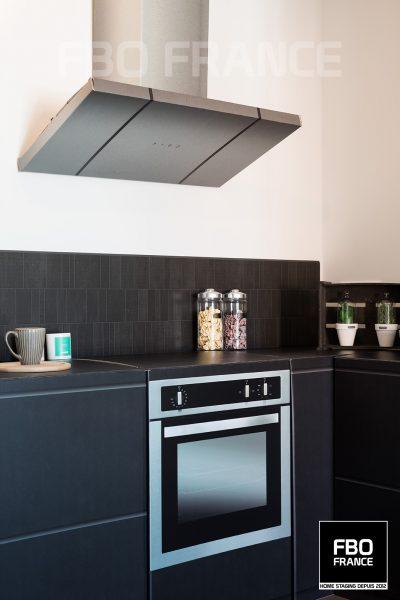 home staging cuisine factice fbo france Paris appartement témoin
