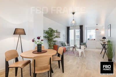 home staging séjour fbo france La Baule appartement témoin